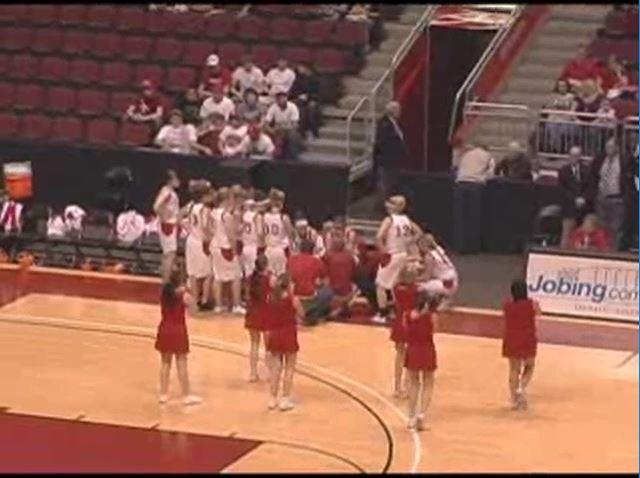 2009-02-girlsbasketball-state2quarter
