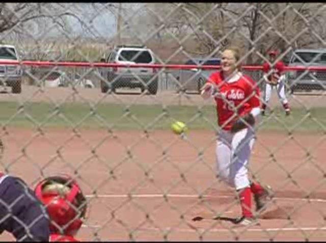 2009-04-softball-greyhills