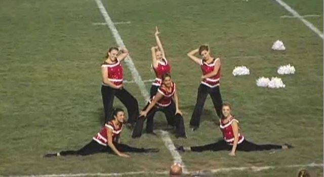 2009-10-dance-halftime-redmesa