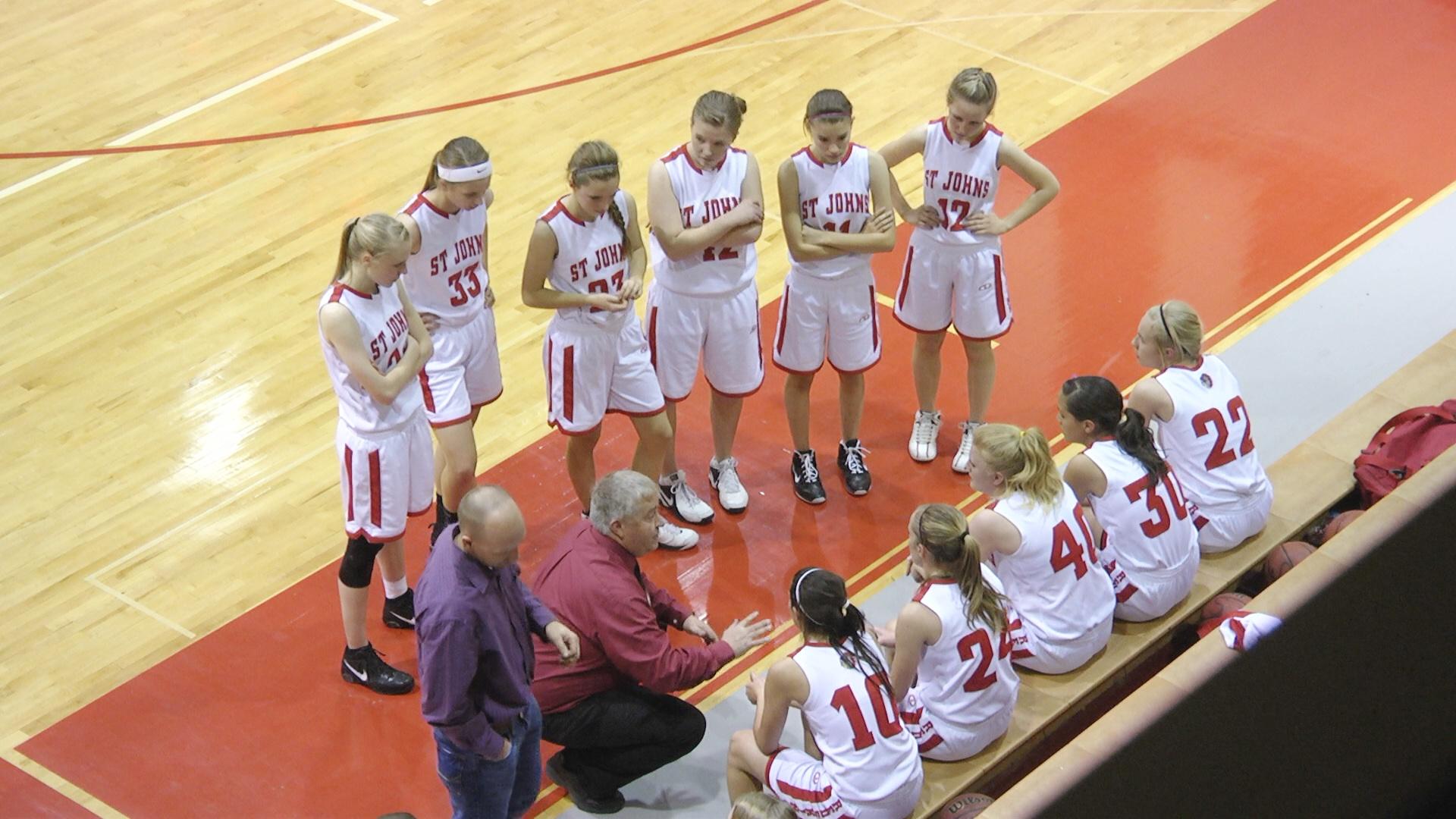 2013-01-girlsbasketball-manyfarms