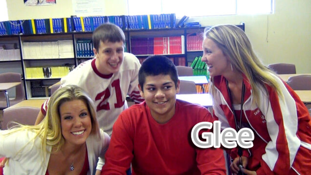 2013-08-firstassembly-glee.jpg