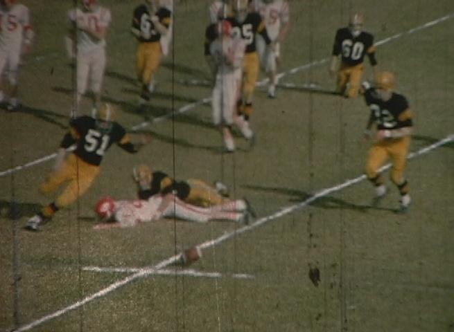 1968-11-football-roundvalley